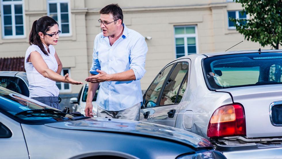 Cómo actuar ante un accidente con un coche de alquiler